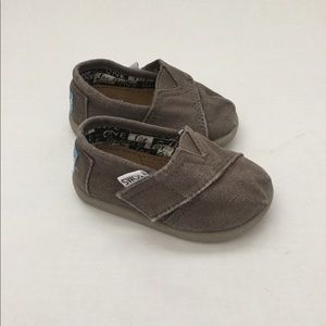 TOMS Baby TanGrey Color Sz T3